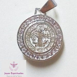 Dije de medalla San Benito con zirconias